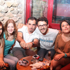 New friends at a bar in Kadikoy